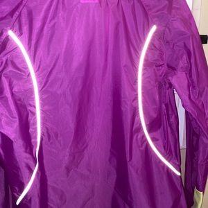Running jacket/wind breaker